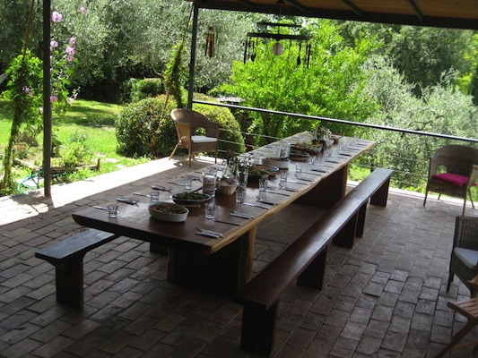 Dining Table In Sabina