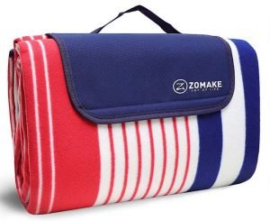 picnic blanket makes a perfect gift for road trips